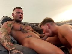 Teen gets pounded by hot muscle daddy
